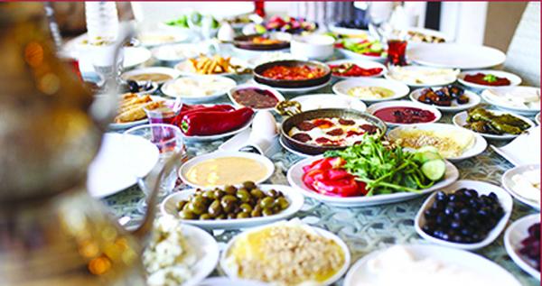 Tescilli israf: Serpme kahvaltı