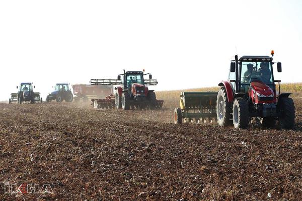 VİDEO HABER – Çiftçilerin buğday ekim mesaisi endişeli başladı