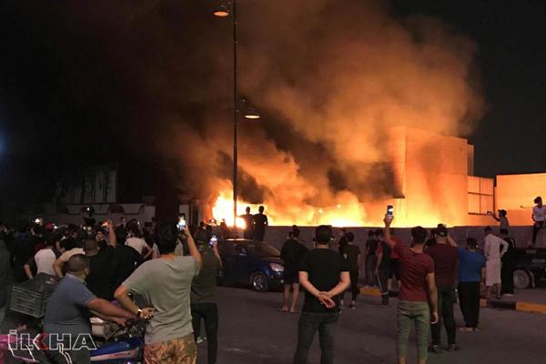 3 milletvekilinin evi ateşe verildi