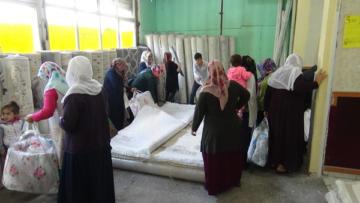Diyarbakır'da indirimli halı izdihamı