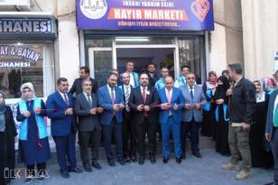 """Diyarbakır'da """"Hayır Marketi"""" açıldı"""
