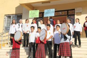 VİDEO HABER – Ortaokul öğrencilerinden Mevlid-i Nebi Etkinliği ve yürüyüş