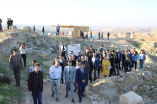 'Milyonlarca turist Zerzevan Kalesi'ni ziyaret edecek'