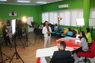 Geleceğin radyo ve televizyoncuları bu okulda yetişiyor