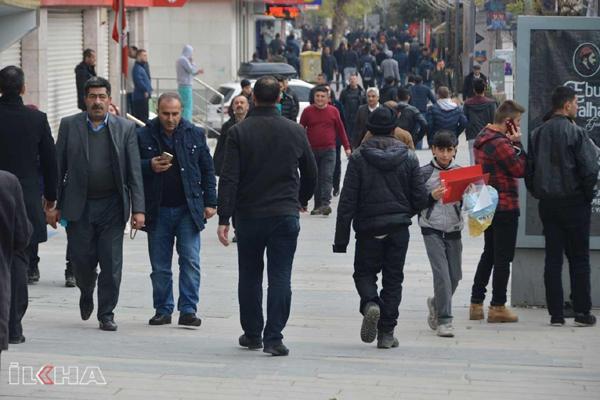 Video Haber: Asgari ücretteki artış oranına tepkiler sürüyor