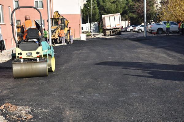 """""""Diyarbakır'ın asfalt ihtiyacını karşılıyoruz"""""""
