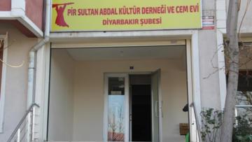 Cemevi'nin 14 aydır elektriği yok!