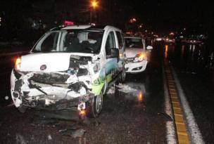 Yağışlı hava kazaya neden oldu: 2'si ağır 5 çocuk yaralı