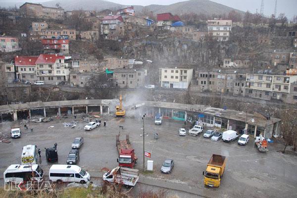 VİDEO HABER – Eski Sanayi Sitesi'ndeki iş yerlerinin yıkımına başlandı