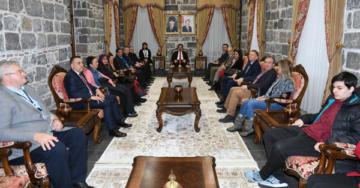 Büyükelçilerden Güzeloğlu'na ziyaret