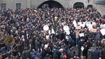 VİDEO HABER – Diyarbakır'dan ABD ve İsrail'e tepki!