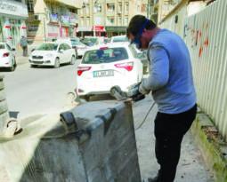 Bağlar'da çöp konteynerları onarılıyor!