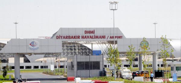 Diyarbakırlılar uçak bileti bulamıyor!