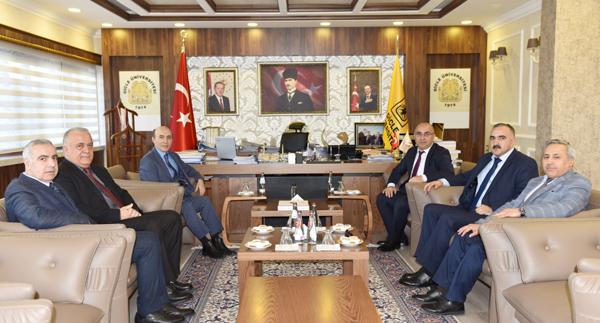 Rektör Gül, Azerbaycan Kars Başkonsolosu Guliyev'i ağırladı