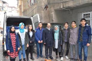 Öğrencilerden ihtiyaç sahibi aileye anlamlı yardım
