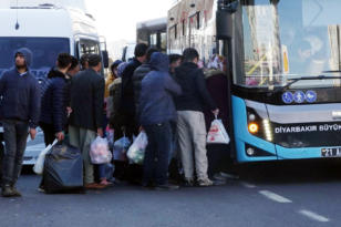 VİDEO HABER – Diyarbakırlılar: Toplu taşıma araçları yetersiz