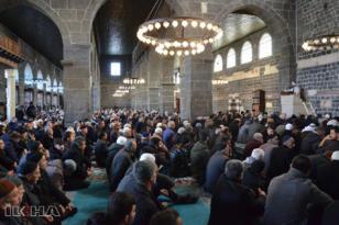 'İbadetlerin özü duadır'