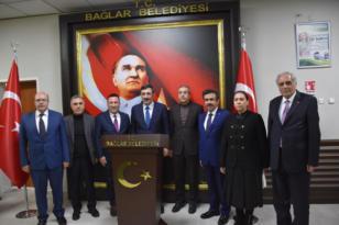 'Bağlar değişirse Diyarbakır değişir'