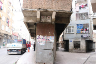 Diyarbakır'da bir garip bina