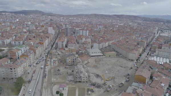 Deprem 24 bin yapıya hasar verdi