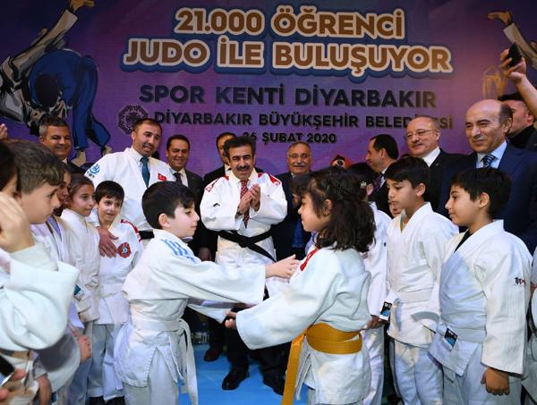 '21 Bin Öğrenci Judo İle Buluşuyor'