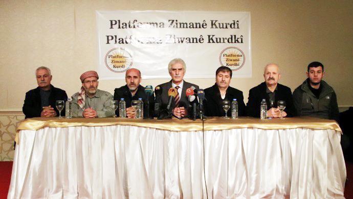 'Her alanda Kürtçe konuşalım'
