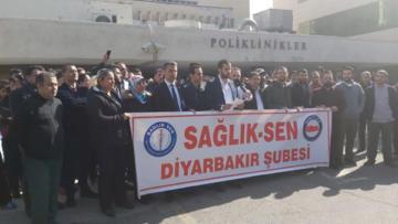 Dicle Üniversitesi'nde 'aksamalı ödeme' protestosu
