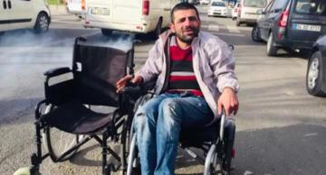 VİDEO HABER – Su satarak akülü sandalye almak isteyen gence sürpriz
