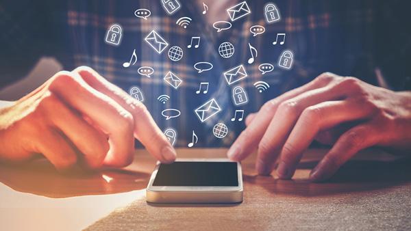 'Sosyal medya, güvenliğiniz için büyük tehdit'