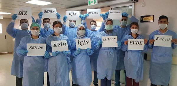 Sağlık çalışanlarından vatandaşlara anlamlı çağrı