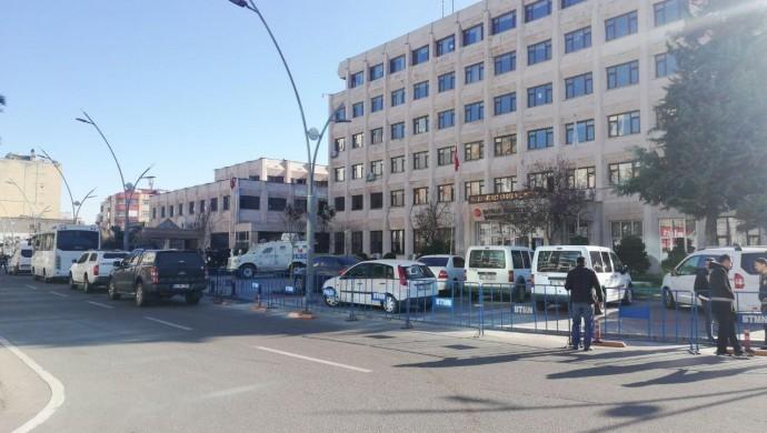 HDP'li belediyelere kayyum atandı