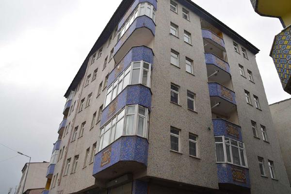 VİDEO HABER – Bir bina karantina altına alındı
