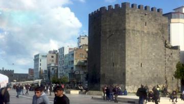 Diyarbakır'da korona virüsü ile imtihan