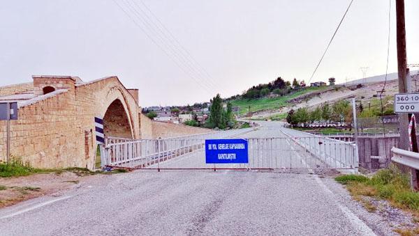 Malabadi Köprüsü yalnız kaldı