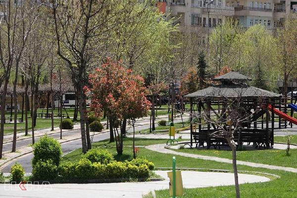 VİDEO HABER – Diyarbakırlılar park yasağına uydu!