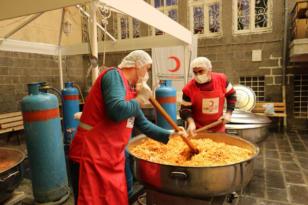 Kızılay Sur Şubesinden 2 bin kişilik yemek