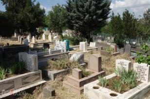 Mezarlık ziyaretleri bu yıl yasaktan dolayı yapılamadı