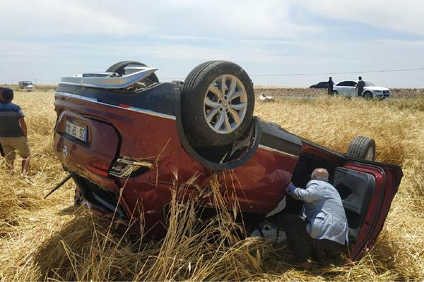 VİDEO HABER – Takla atan otomobil sürücüsü yaralandı