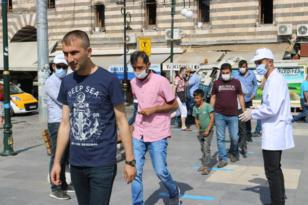 Diyarbakır'da ücretsiz maske dağıtımı