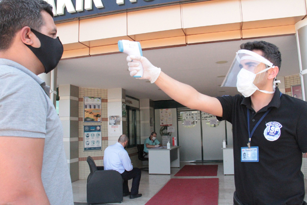 """Bakan Koca: """"Zatürre oranı tüm Türkiye'de düştü """""""