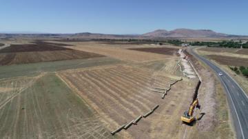 Ergani barajı sulaması inşaatında çalışmalar sürüyor