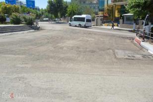 VİDEO HABER – Tamamlanmayan asfalt çalışmasına esnaftan tepki
