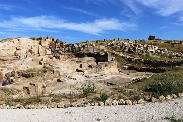 Zerzevan Kalesi kapılarını ziyaretçilerine açtı