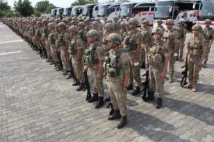 Diyarbakır'dan 268 asker Resulayn'a gitti