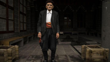 VİDEO HABER – Dengbêj Seyîtxanê Boyaxçî yaşamını yitirdi