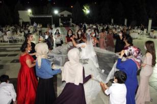 Düğünler korona önlemleriyle başladı