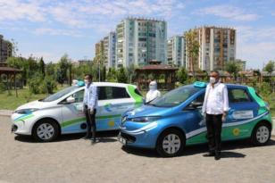 Diyarbakır'da elektrikli otomobillerle vatandaşa ücretsiz ulaşım