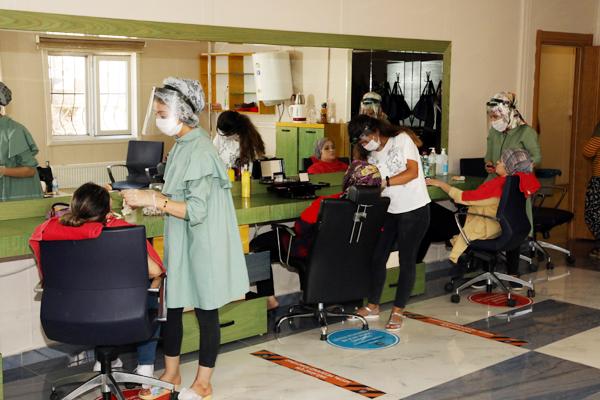 Kadınlara yönelik meslek kursları açıldı