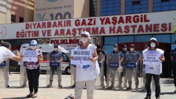 Diyarbakır'da sağlıkçılar iş bıraktı