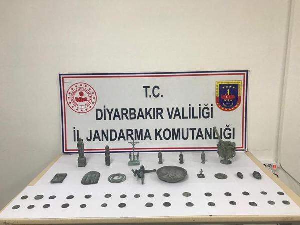 Diyarbakır'da 48 adet tarihi eser ele geçirildi